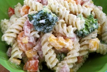 Food - Vegetable and Pasta Salads / by Samantha Crawford