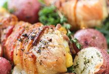 Chicken Recipes / Recipes with your favorite white meat! / by Home Jobs by MOM