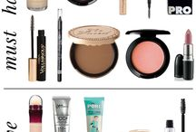 CAPSULE MAKEUP COLLECTION