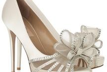 wedding ideas / by Corena Shellhammer