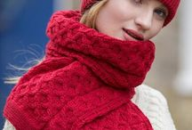 Knitwear Accessories / Hat and Scarfs