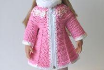 Játékbaba kötött ruhák