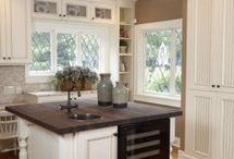 Kitchen Windows / by Debbie Green {Green Nest Decor}