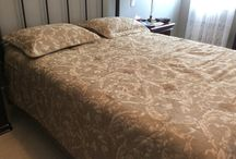 """really nice queen size bedspread / 220$ I have a really nice queen size bedspread. really nice addition to your decor. The set includes: Queen size bedspread. Queen size 2 shams. Queen size bed skirt.The mesurements are: I am in Richmond Hill area. Ask us what else we have for sale ...we have a lot. Thank you """"No Pay Pal"""""""