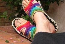 sapatos e chinelos