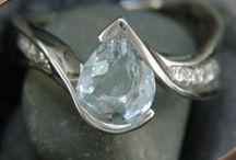 pear shaped stone rings