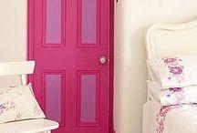 Girls disney princess room