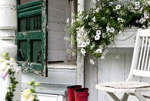 cottage  / Things I like that are cottage to me. I love this feel ! Its home to me. Comfort. / by Misty Stiles