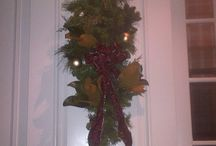 Its Beginning to Look Alot Like Christmas / My decorating for the season! Tis the season to go decadent and opulent...
