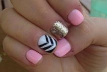 Nails / by Lauren Caldwell