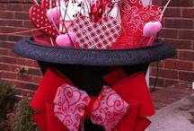 Valentines Day Gifts & Decor / The perfect Valentines Day gift ideas for him and her. Fun, colorful, Valentines decor ideas for every room of your home!