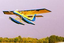 Stunts / Barefoot Water Skiing behind an airplane!