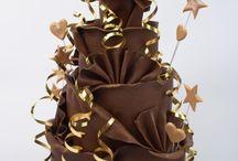 cakes !!! / by Joycarol Gamache