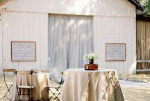 Wesele w stodole / Pomysły i inspiracje. Gdzie i jak urządzić wesele w stodole? Więcej na naszym blogu -> wystarczy kliknąć w zdjęcie :)