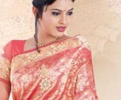 Kanchipuram Silk Sarees Online / Be In Bridal Look with our Traditional Kanchipuram silk Sarees, South India especially Kanchipuram is Famous for Wedding Silks, Nakshatra Silks and all kinds of Silk Sarees.For more collection http://www.chennaistore.com/sarees/Kanchipuram-Silk-Sarees-Traditional-Wedding