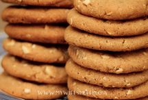 Celebrating Cookies / We put a call out to our blogging friends and asked them to share their favourite cookie recipes with us to celebrate National Cookie Day. So many options. Which one will you choose first? #NationalCookieDay #Cookies #
