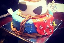 Cake ideas / by Elizabeth West