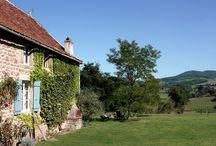 Vakantiehuizen Bourgogne / Op dit bord tref je een aanbod van vakantiehuizen in de regio Bourgogne te Frankrijk aan. Deze zijn veelal online via onze website Recreatiewoning.nl te boeken. Het huuraanbod op onze site is afkomstig van zowel particulier als zakelijke verhuurders