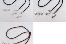 羽織紐と羽織紐をネックレスやブレスに出来るアジャスター / 羽織紐を着物を着ないときにも活用したい!!との思いから、ネックレスやブレスレットに転用できるアジャスターを作ってみました。
