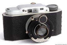 Birnbaum / Emil Birnbaum byl český výrobce a obchodník s fotografickými přístroji a vybavením  Firma byla založena v roce 1903  V roce 1938, v důsledku připojení českého pohraničí k německé říši, přemísťuje E.Birnbaum výrobu do Prahy, kde již dříve měl prodejnu. Vyráběny byly přístroje vlastní konstrukce,ale též kompletovány přístroje německých výrobců, (Fotoburza Praha)