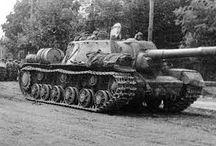 SU-152  heavy self-propelled gun / Ciężkie działo samobieżne SU-152