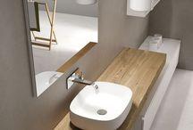 Idées Salle de bains : pour un espace détente et privilégié. / Petite ou grande, la salle de bains devient un véritable lieu de détente. Rien n'est laissé au hasard : carrelage, douche ou baignoire, meubles.... Découvrez nos inspirations