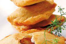Empanada de queso muzarrella y cebolla