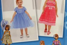 Simplicity Girls'/Toddlers'/Babies' Sewing Pattern Collection / Simplicity Girls'/Toddlers'/Babies' Sewing Pattern Collection