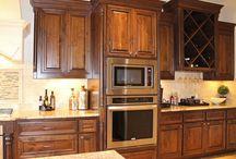 Alder kitchen cabinets / Kitchen cabinets made using beautiful Alder hardwood