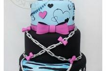 Monster high for Elle's 10 birthday ♥