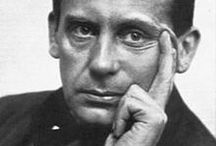 WALTER GROPIUS , Architect .