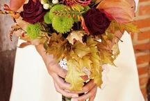 Ramos de novia Otoño-Invierno / Aquí te dejamos algunas ideas de ramos de novia ideales para esta estación del año. Los tonos marrones, los naranjas, o morados son los grandes protagonistas y algunos tienen un guiño directo al otoño.