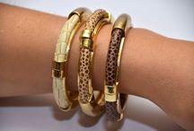 Pulseras caña rígidas / Preciosas pulseras de caña con cuero imitación piel serpiente