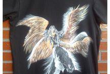Camisetas hombre- Talento x2 / Camisetas para los hombres de la casa. Todas las tallas, solo cuéntame que les gusta y se diseña una al gusto de cada uno. #camisetaschicos #camisetashombrepintadas #originalesdiseñospintados #modahombre #tutiendadecamisetasparahombres #pinturaentela #artecamisetas #camisetascreativas #vitoria #gasteizmoda #talentox2moda #modamasculinapintada