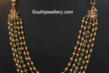 gold necklace indian