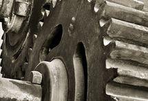 machinery / machine/gear/car/aircraft/etc.