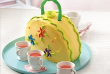 Cake and Cupcake ideas / by Tekoni Maughan