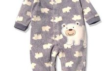 Pajamas for Baby / Fashionable baby clothes for families in Calgary, Alberta, Canada. Brought to you by the sleep experts and consultants at Sleep Made Right.