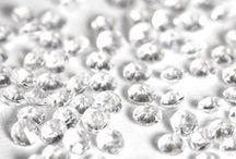 diamants,cristaux,confettis,strass,decoration table mariage,fete,anniversaire,jour de l an ,noel