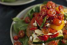 veggies salads / healthy foods