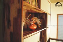 Book Shelf / Finger Joint Sisu Wood along with P.U. Coating gives a tremendous look to the Book Shelf