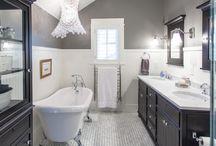 Home: Grey and White Bathroom / by Tara