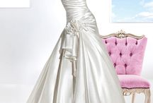Pomp & Dresses