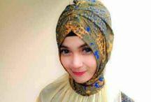 scraft hijab
