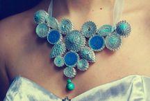 Paper Jewelry / by Mariela Mojica