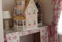 Adult dollhouse