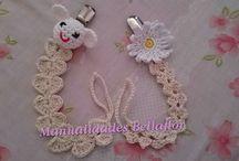 chupeteros de crochet y complementos para bebés personalizados