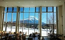 あさぎりフードパーク / 富士山の大自然に囲まれた朝霧高原で素敵なひと時をお過ごしください 富士山の食と文化を体験できる体験教室も大人気です!