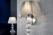 LAMPADE DA PARETE / Idee e proposte per l'illuminazione e la decorazione della vostra casa con originali lampade da parete. Lampade stile moderno, lampade stile industriale, lampade stile contemporaneo, lampade con illuminazione a Led, ecc.