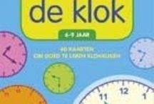 Bruna: Rekenkracht | Je groeit met Bruna / Reken maar dat rekenen een superkracht is. En die krijg je niet één, twee, drie. Het begint als je vier of vijf bent, met tellen. En dat gaat wel een jaar of zes, zeven door. Tot je in de achtste groep misschien zelfs genoeg rekenkracht hebt om een negen of tien voor rekenen te halen! Hoe groter je rekenkracht, hoe makkelijker je raadsels en sommen maakt.   https://www.bruna.nl/rekenkracht